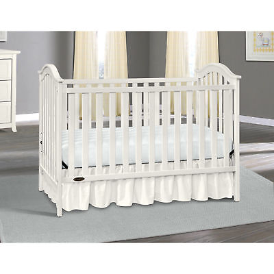 Graco Ashland Classic 3 in 1 Convertible Baby Crib and White design Adjustable