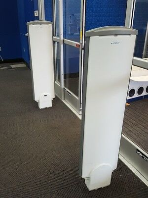4 Day Special> Sensormatic EAS Ultra-Post II 2 Tower Security/Anti-Theft System