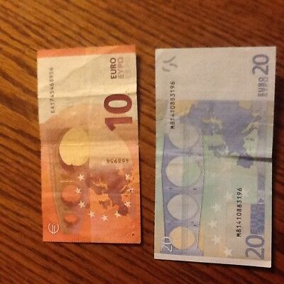 20,10 Euro  -  euros bank note currency Europe REAL 10 & 20