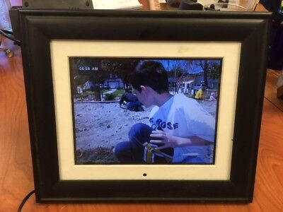 Pandigital PAN80-2 8-Inch Digital Picture Frame with Adapter