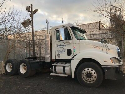 2008 Freightliner Truck With A 450 Mercedes Benz Engine 605,000 Miles
