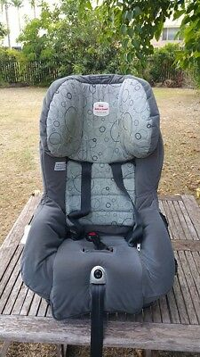 Safe-n-sound  Meridian AHR child car seat, up to 18kg.