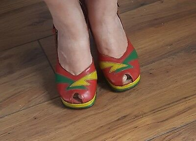 Vintage Platform Shoes. US 5.5?  Ziggy Stardust style