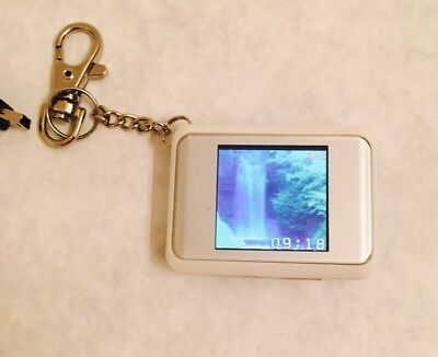 COBY Digital Photo Keychain DP151 White With Charging Cable
