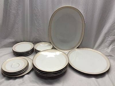 Very Nice 20 Pieces H&C Selb Bavaria Germany Heinrich Gold Trim Plates Bowls Etc