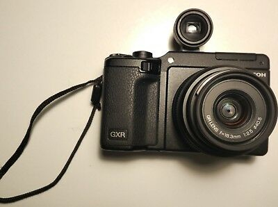 Ricoh gxr + A12 28mm f2.5 + S10 + EXTRAS
