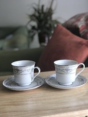fine porcelain china japan cups And Saucers