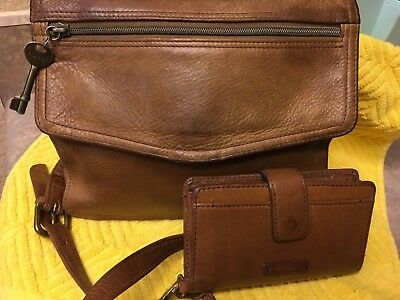 Vintage Fossil 75082 Brown Leather '1954' Cross Body Bag with Matching Wristlet
