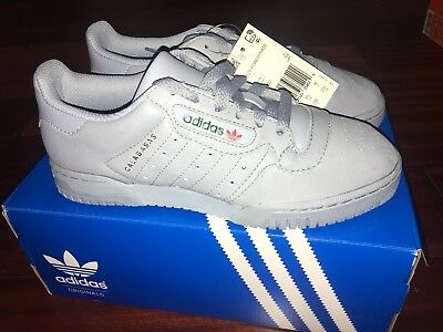 2ceaff700a4 DS ADIDAS YEEZY Powerphase Calabasas Grey CG6422 Size 4 Limited Rare ...