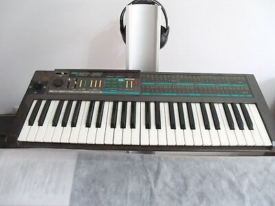 Korg Poly 800 Vintage Synthesizer