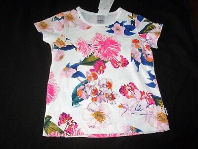 Baby girls 12-18mths  Bonds short sleeve tee with exquisite floral print Size 1