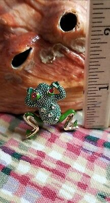 """Vintage Green Frog Pin White Stones & Sparkling Red eyes """"jumping / Moving Legs"""""""