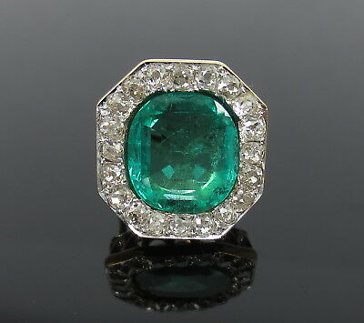 Antique 8.0ct Colombian Emerald 4.0ct Old Mine Cut Diamond 18K Yellow Gold Ring
