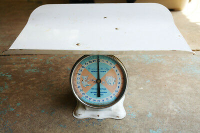 Vintage AMERICAN FAMILY Metal Nursery Scale w/Large Baby Tray