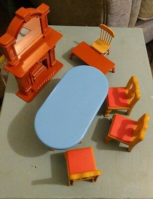 LITTLE TIKES DOLLS HOUSE FURNITURE Fire Place Chairs Table VINTAGE