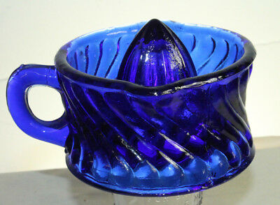 Vintage Style 1/2 Cup Cobalt Blue Glass Swirl Handled Lime Lemon Juicer Reamer