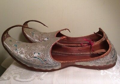 VTG Silver Hand Embroidered Khussa India Wedding Leather Shoes Persian Slippers