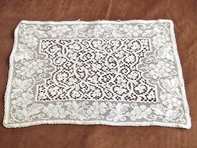 Antique English Cotton Nottingham Filet Lace 9x14 Tray-cloth Doily Grapes Scroll