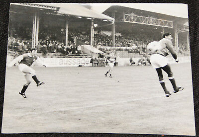 Football photo de presse BUT Mouthon Red Star v Kabyle Nimes Olympique 1970-71