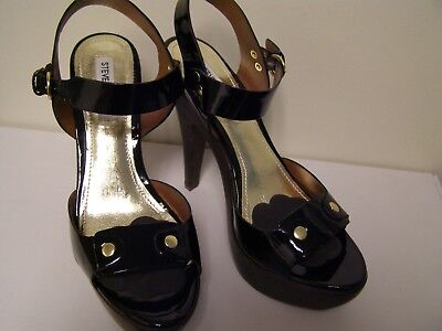 Like New Steve Madden Open Toe  Sz 8 Black Patten Leather heels Women shoes