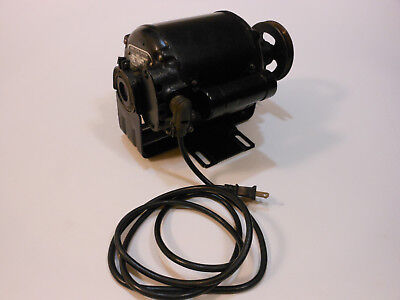 Vintage 1937 Wagner Electric Corporation 1/4 HP 1725 AC Motor V22B64K815 Quiet!