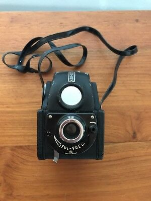 ENSIGN FUL-VUE Vintage 120 Roll Camera 1940s?