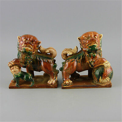 China old antique Porcelain tang tri color a pair of lion statue