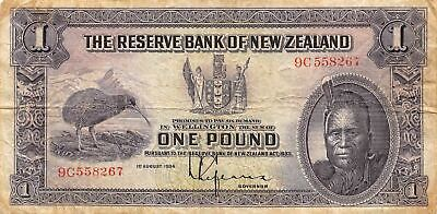 New Zealand  1  Pound  1.8.1934  P 155  Series  9C  Circulated Banknote