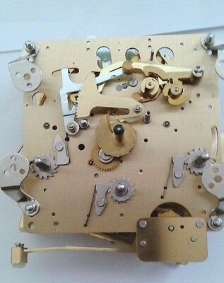 Hermle-WTC  mantel clock  movement 1050-021 3 chimes with 6 bronze bushing.