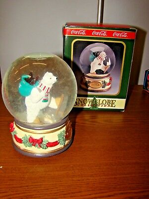 "Vintage Coca-Cola 1994 ""Polar Bear In Snowshoes"" Snowglobe Music Box"