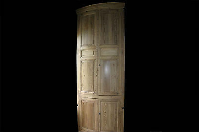 Grande Encoignure en pin, XIXème / Big corner cupboard 19th century