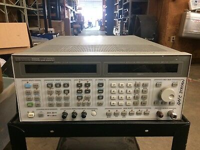 HP 8664A Synthesized Signal Generator