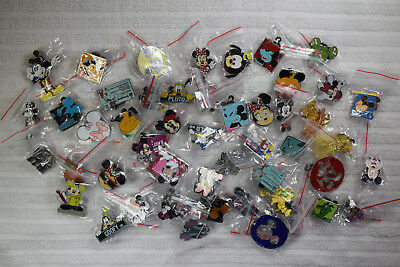 Disney trading pin lot 50 MOSTLY Classic Disney Characters Mickey Minnie Goofy
