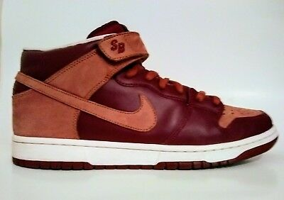 new concept 46dd3 b2d65 nike dunk mid pro sb embarco emb team red pony detailed pictures