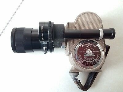 Bell & Howell Model 605 Cine Camera with Chinon 10-30 Zoom Lens + 1 unused film.