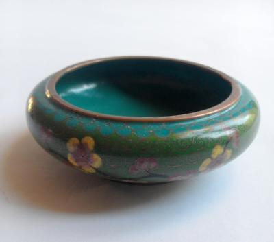 Vintage oriental cloisonne floral shallow bowl with green background 11655