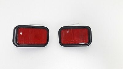 Rear Bumper Reflector for Toyota Hilux 1998-2003 A pair 81910-35040