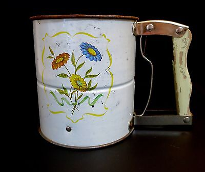 Androck Vintage  Flour Sifter Kitchen Tool Wood Handles 1920's