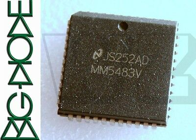 1 x MM5483V 44-PLCC liquid crystal display driver