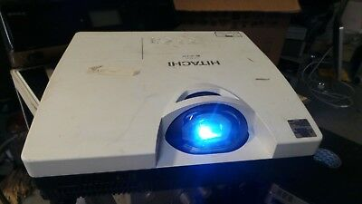 Hitachi Cp-D10 Lcd Projector Working --Very Low Lamp