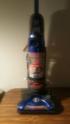 Hoover WindTunnel 2 Rewind Pet Bagless Upright Vacuum Cleaner, UH71215.
