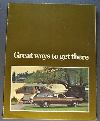 1972 Chrysler Plymouth Station Wagon Towing Brochure Town & Country Satellite 72