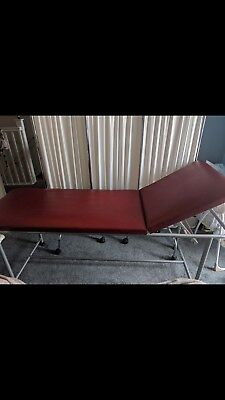 medical bed / beauty therapy bed