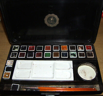 old black japanned  reeves and sons,  students watercolour box No 61a