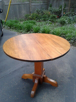 Original Antique Oak Dining Round Table Unmarked Stickley Arts & Crafts, Mission