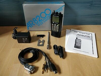 AOR AR8200 Mk3 Funkscanner mit AR8200-9 Interface-Kabel