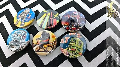 6 Pin Badges Vintage Sci Fi Robots TETSUJIN 28 And Others