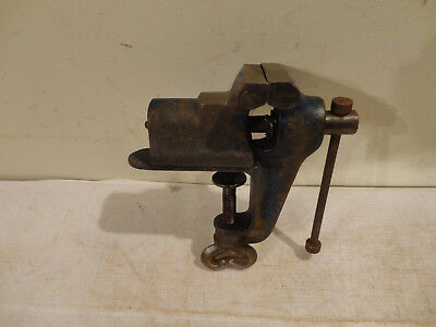 """bench top vice, 2.5"""" jaws open to 2"""""""