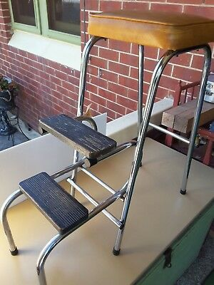VINTAGE  RETRO 1970s   VINYL TOPPED FOLDING STEP / STOOL.