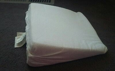 Pregnancy sleeping wedge pillow EUC maternity